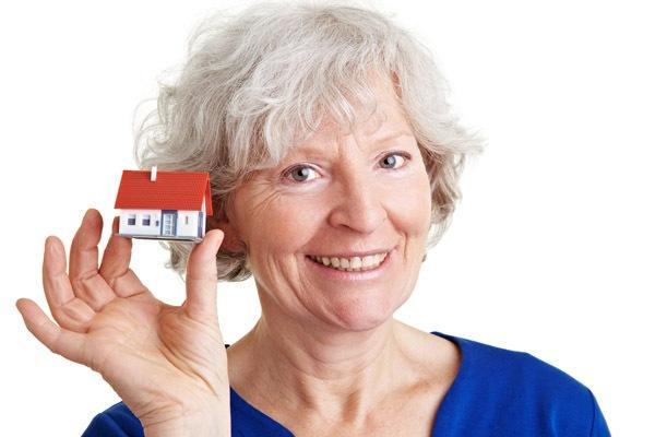Пенсионерам возвращают 13 процентов при покупке квартиры